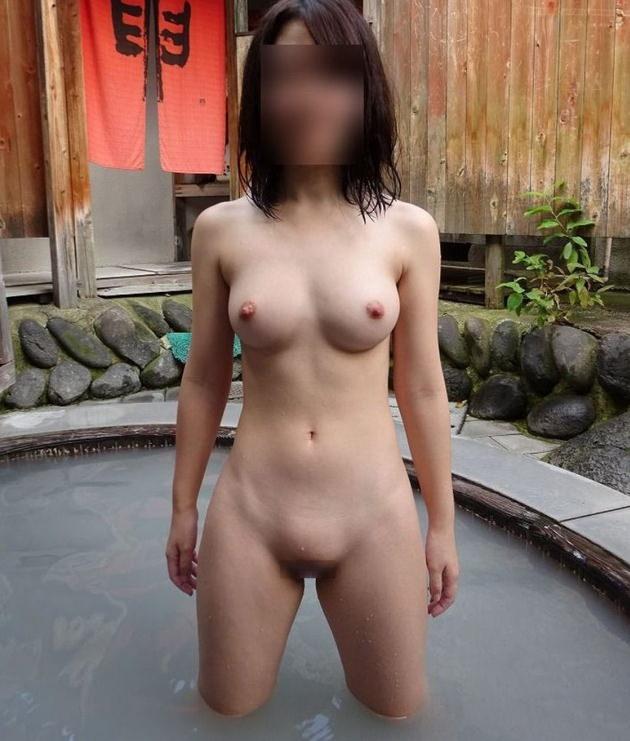 温泉旅行で撮った素人の入浴中ヌードや浴衣姿 37