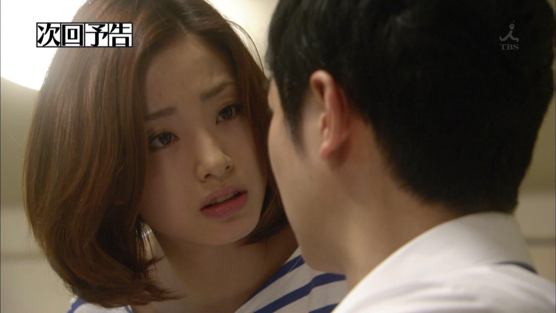 【乳揺れGIF】上戸彩、綾瀬はるか、吉岡里帆あたりの隠し切れない巨乳感