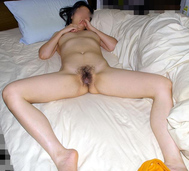 ラブホで撮った熟女の全裸 17