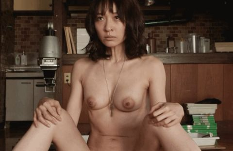 永夏子、映画で乳首ヌード&女性器くぱぁがエロい!旦那・小池徹平が拝んだマンマン撮られる・・・