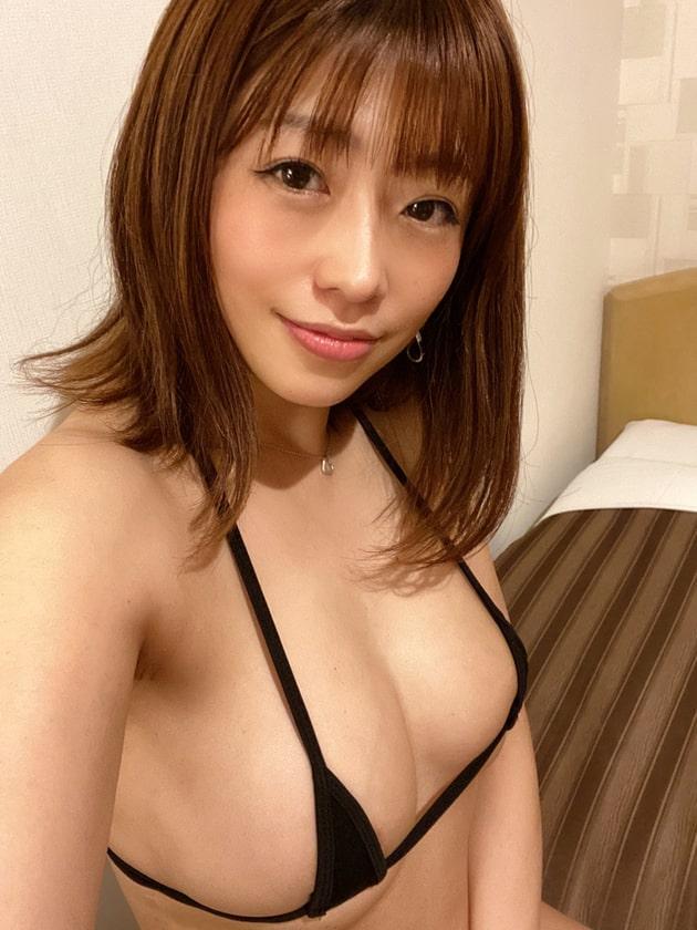 グラドルのマイクロビキニ 10 範田紗々