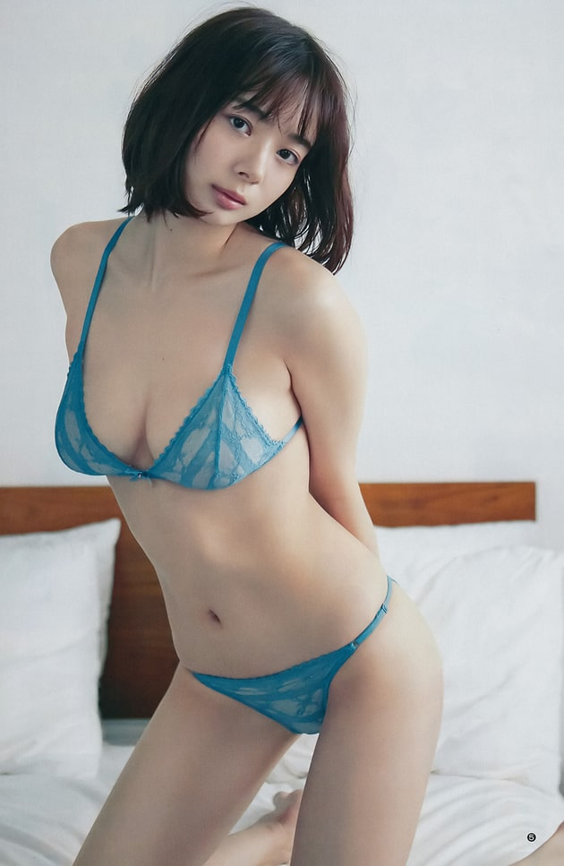 岡田紗佳 芸能人の下着姿 92