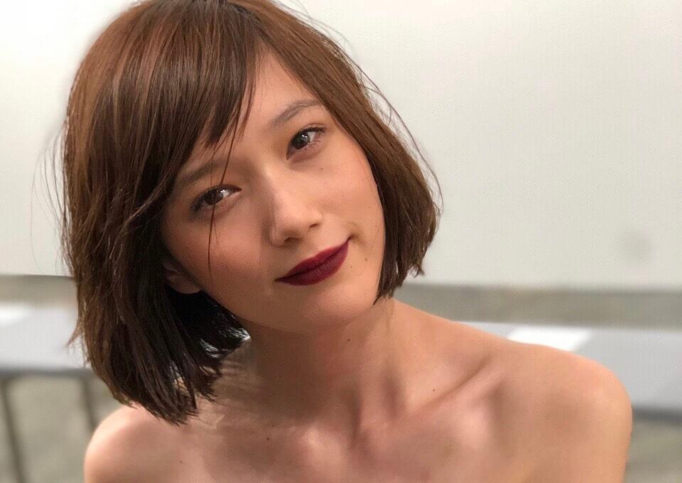 【お宝画像】 本 田 翼 の ハ ミ 乳 !!!!