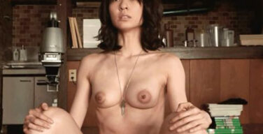 乳首出してる女優wywywywywywywwwywywywywy