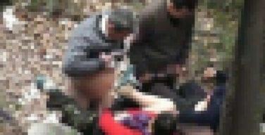 【エロ画像】中国の公園で平然と行われている売春の実態・・・・