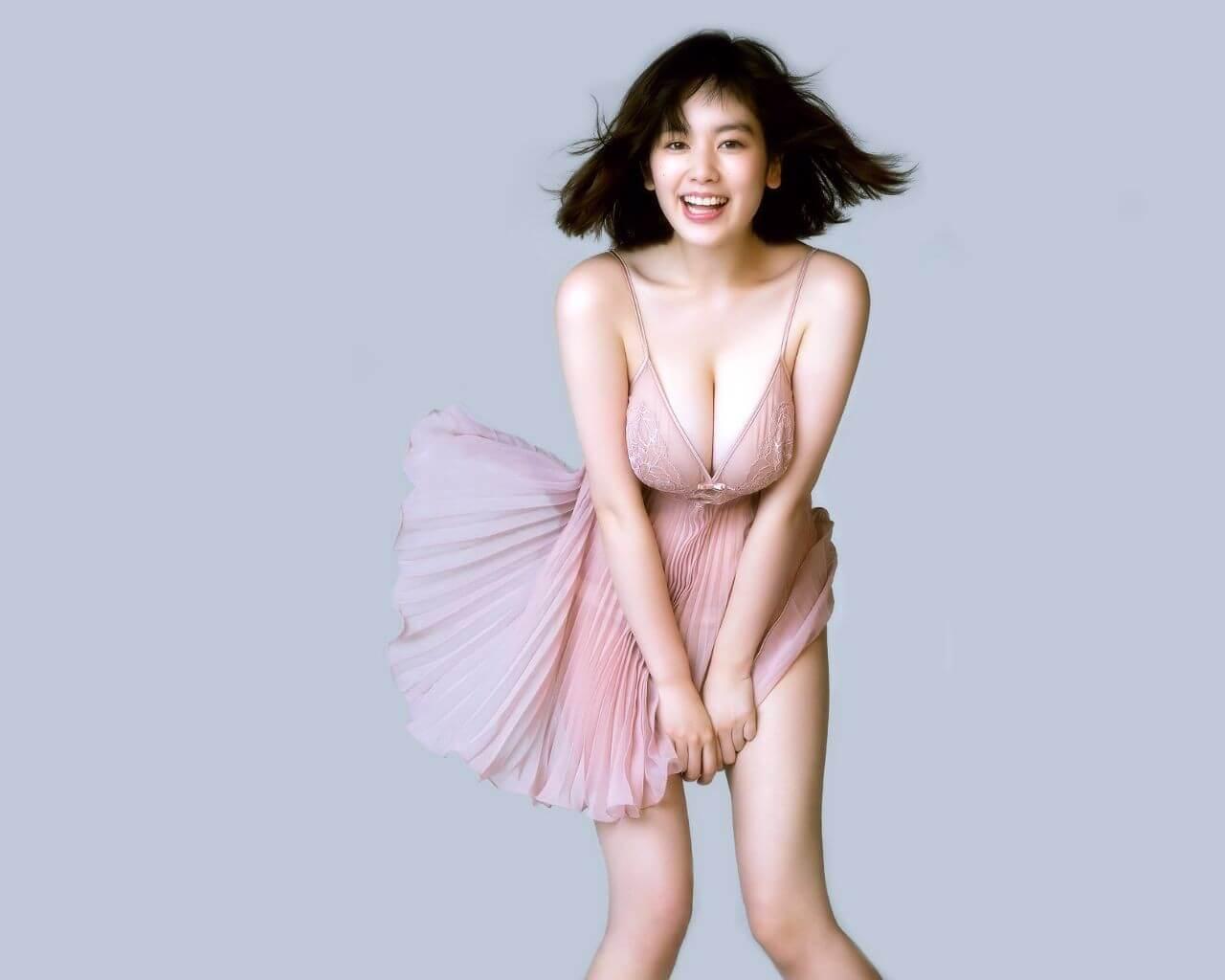 【画像】筧美和子とかいう女、どんな乳してんねん